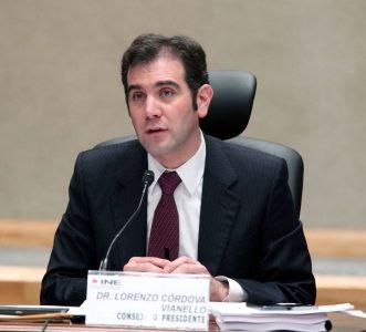 40714025. México, D.F.- El consejero presidente del INE, Lorenzo Córdova Vianello, durante la aprobación del Plan de Trabajo para el desarrollo de un Sistema de Contabilidad en Línea, rumbo a los comicios de 2015. NOTIMEX/FOTO/ESPECIAL/COR/POL/