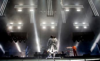 Rammstein lanza tr iler de documental sobre concierto en for Conciertos paris 2017