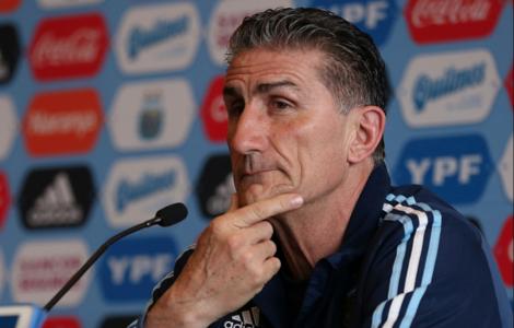 Sevilla busca frenar la reunión con Sampaoli
