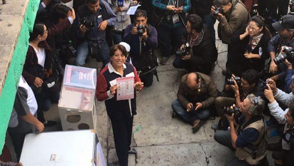 Delfina festeja en Texcoco y anuncia defensa del voto