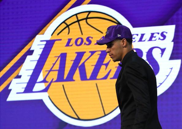 Los Lakers ponen su futuro en mano de Lonzo Ball