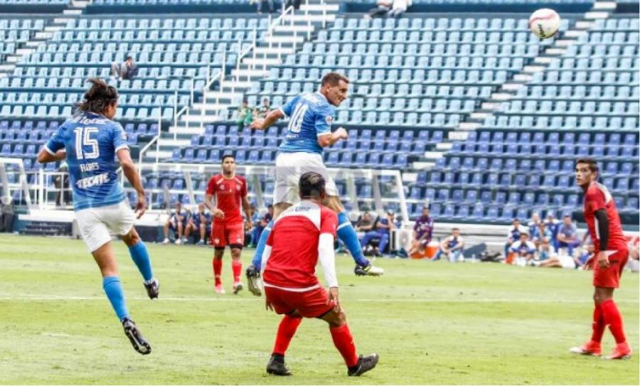 Cruz azul cae ante necaxa en partido de preparaci n hacia for Apertura piscinas zaragoza 2017