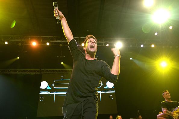 Ricky Martin inaugura el Zócalo con concierto gratuito