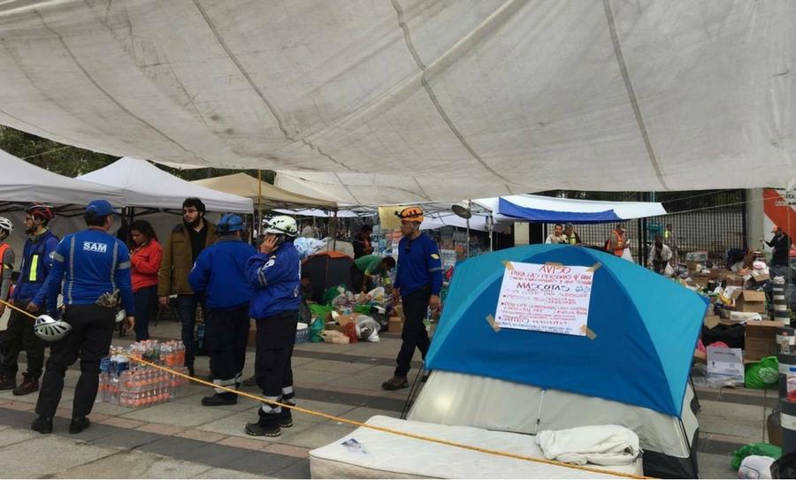 Centros de acopio necesitan material de construcción por el terremoto .