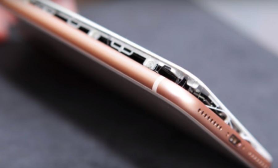 Reportan con el hashtag #Splitgate fallas en el iPhone 8, 8 Plus y X
