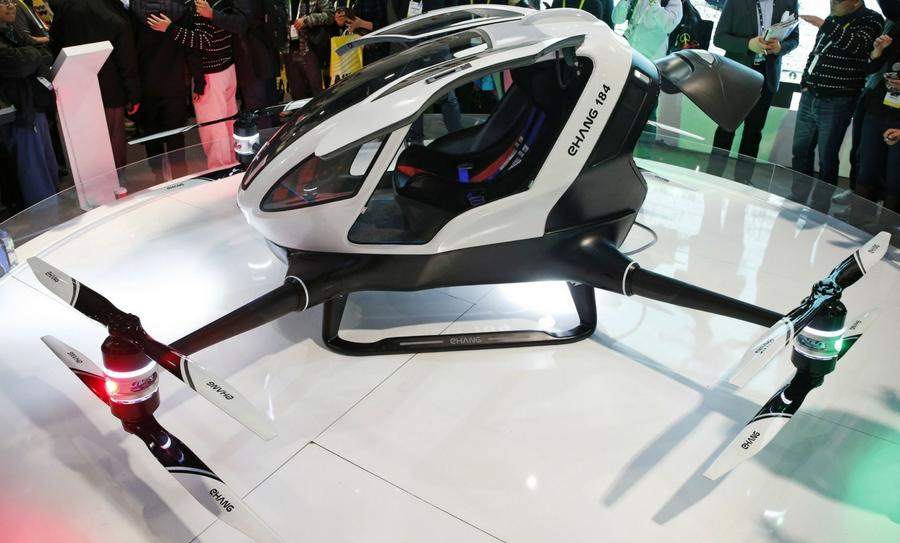 Dubái tendrá taxis voladores, Dubái, Robots Policiales, Taxis Voladores, Drones Multifuncionales