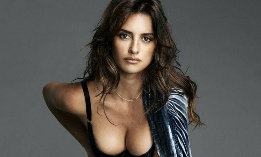 Penélope Cruz Posó Desnuda Para Revista Y Enciende Internet