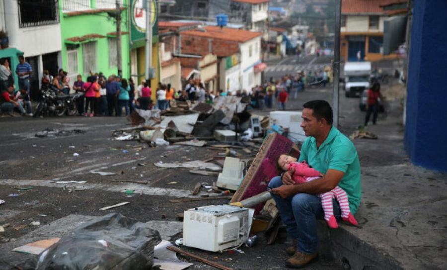 crisis que sufre Venezuela, crisis en Venezuela, Venezuela, Nicolás Maduro, crisis politica