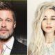 Brad Pitt demostró que tan fan es de ''Game of Thrones'', Game of Thrones, subasta benéfica para Haití, Brad Pitt pagó por ver ''Game of Thrones'' con Emilia Clarke