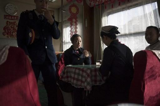 China festejará el Año Nuevo entre felicidad y tristeza 000_ZG83Z