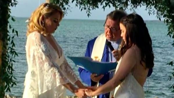 Despiden a maestra luego de anunciar su boda por Instagram con otra mujer Jocelyn-Morfii-1-1