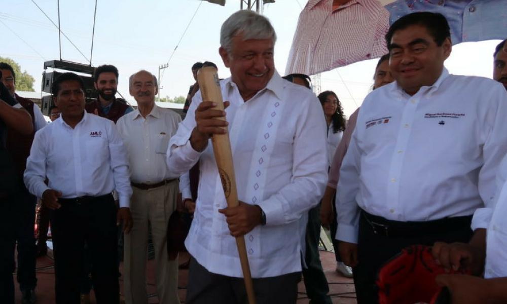 AMLO anuncia que dos expresidentes del PAN, AMLO, Barbosa, López Obrador, MORENA, PT, PES, elecciones2018