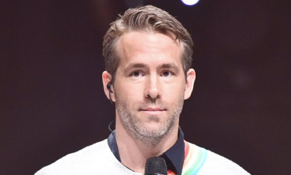 Ryan Reynolds cantó en un programa coreano