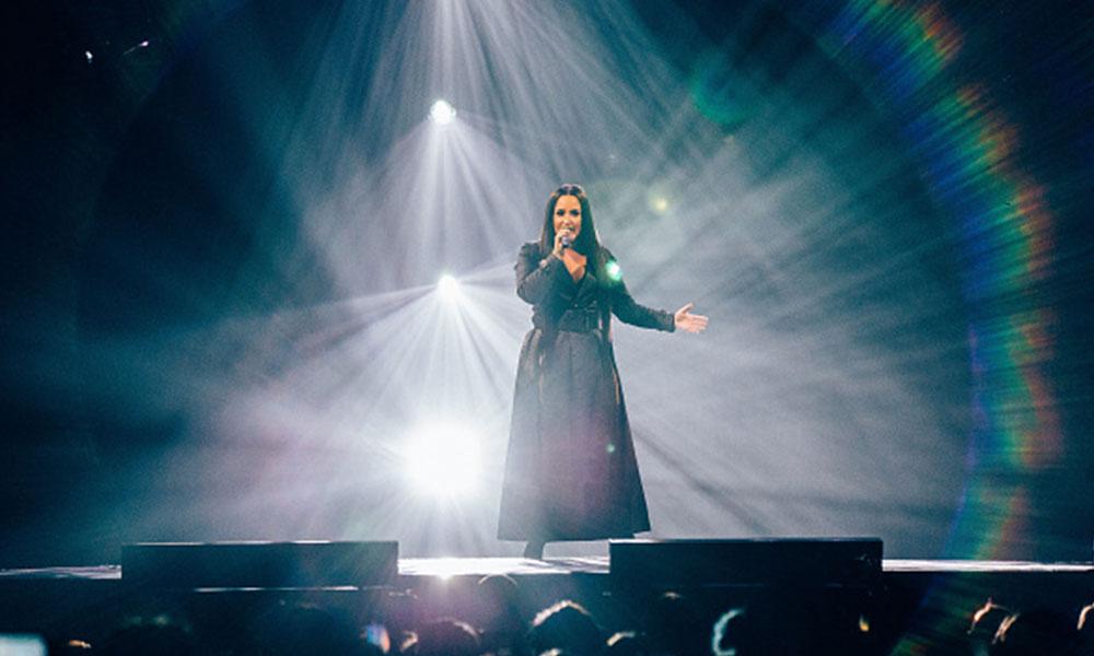 """Demi Lovato está """"despierta"""""""