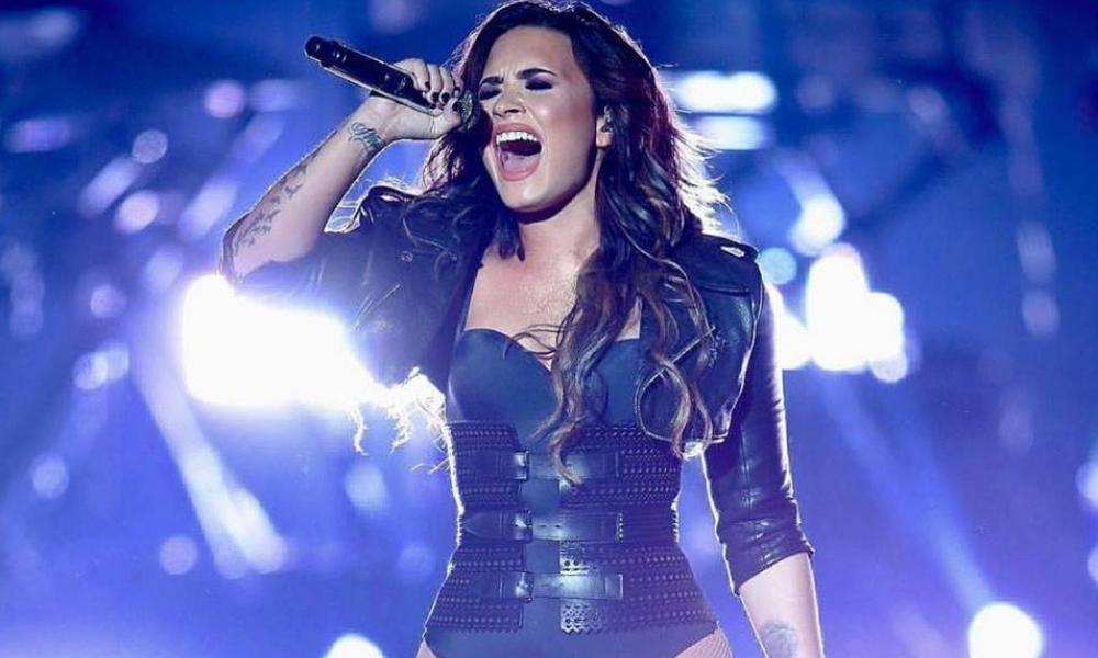 Demi Lovato podría perder la voz