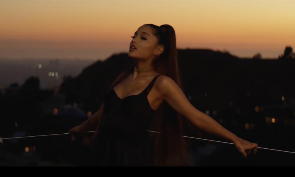 Ariana Grande lanzó su álbum 'Thank U Next