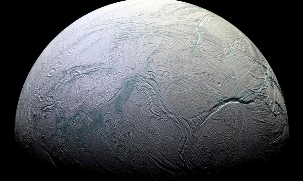 vida en satélite de Saturno