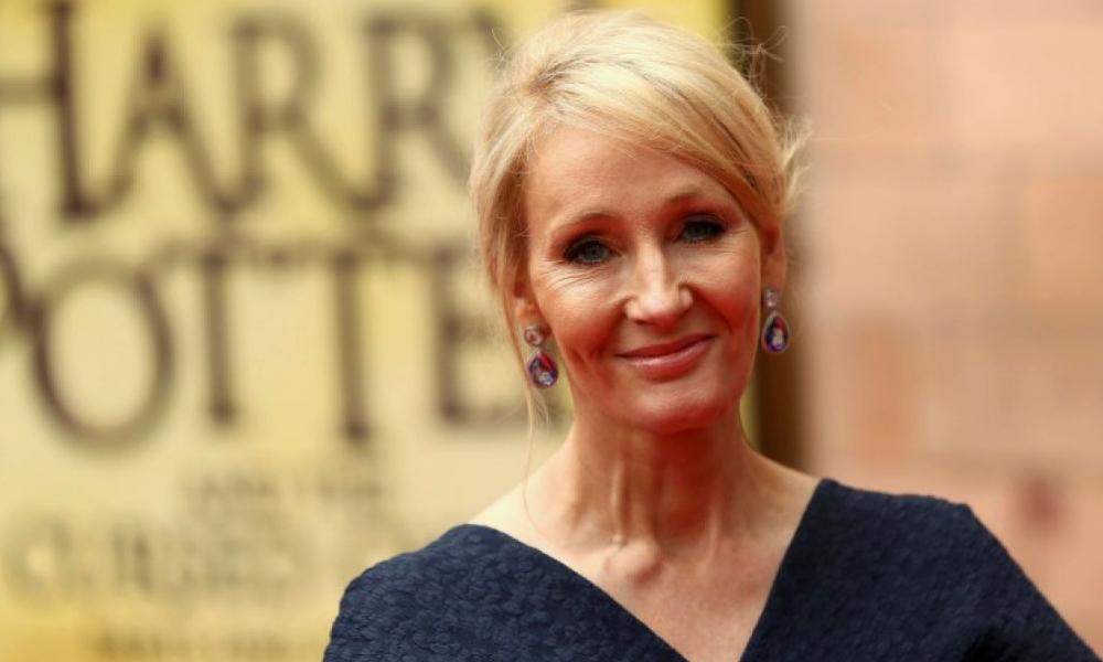 JK Rowling es objeto de burlas