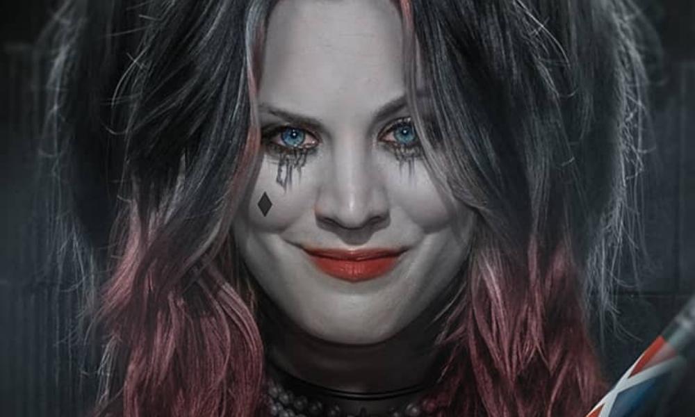 Kaley Cuoco protagoniza el trailer de 'Harley Quinn'