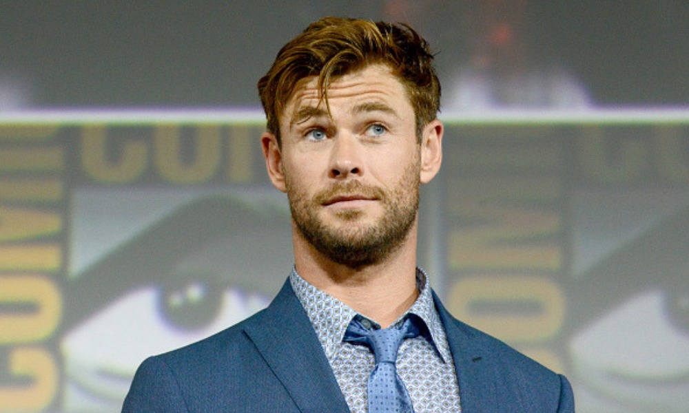 Chris Hemsworth producirá remake de 'Bajo la Rosa'
