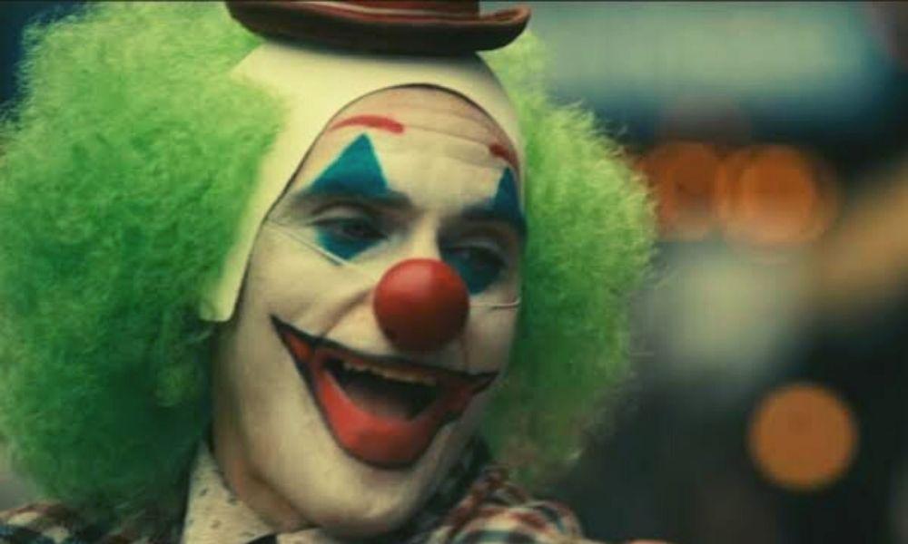 Joker consigue mil millones en taquilla
