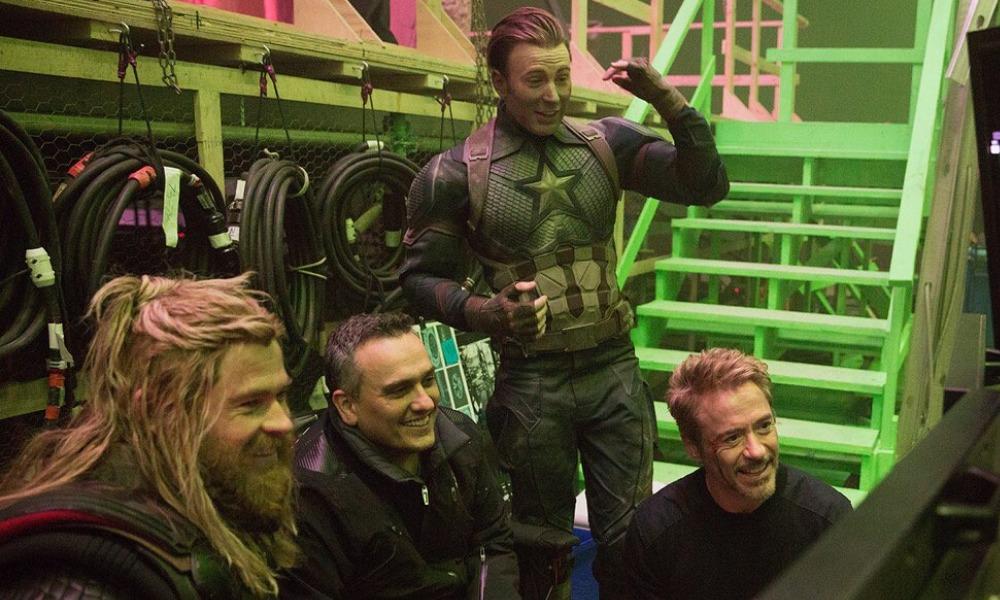 Avengers felicitan a Josh Brolin