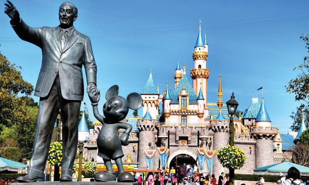 Disneyland cerrará sus puertas por coronavirus