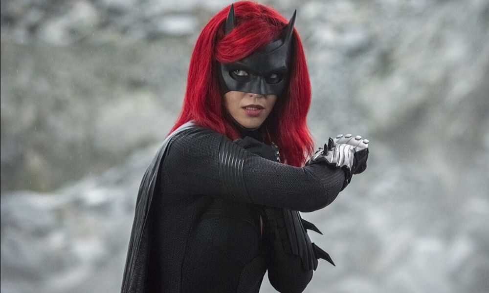 miembro de 'Batwoman' sufre grave accidente