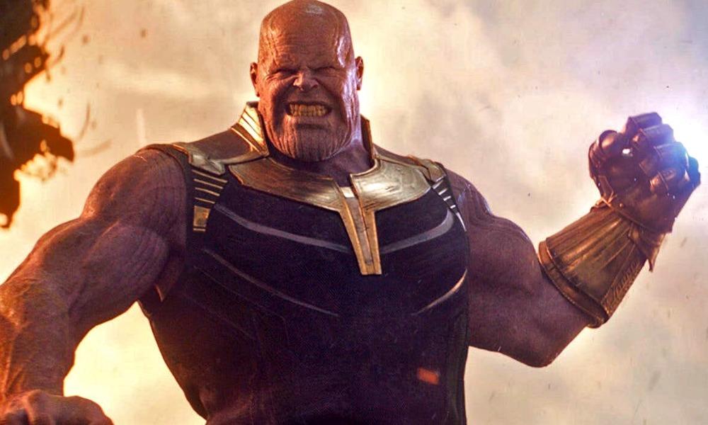 Thanos uso la gema del poder y del espacio contra Iron Man