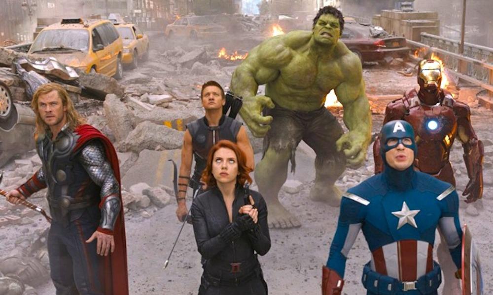 final de The Avengers y The Phantom Menace es similar