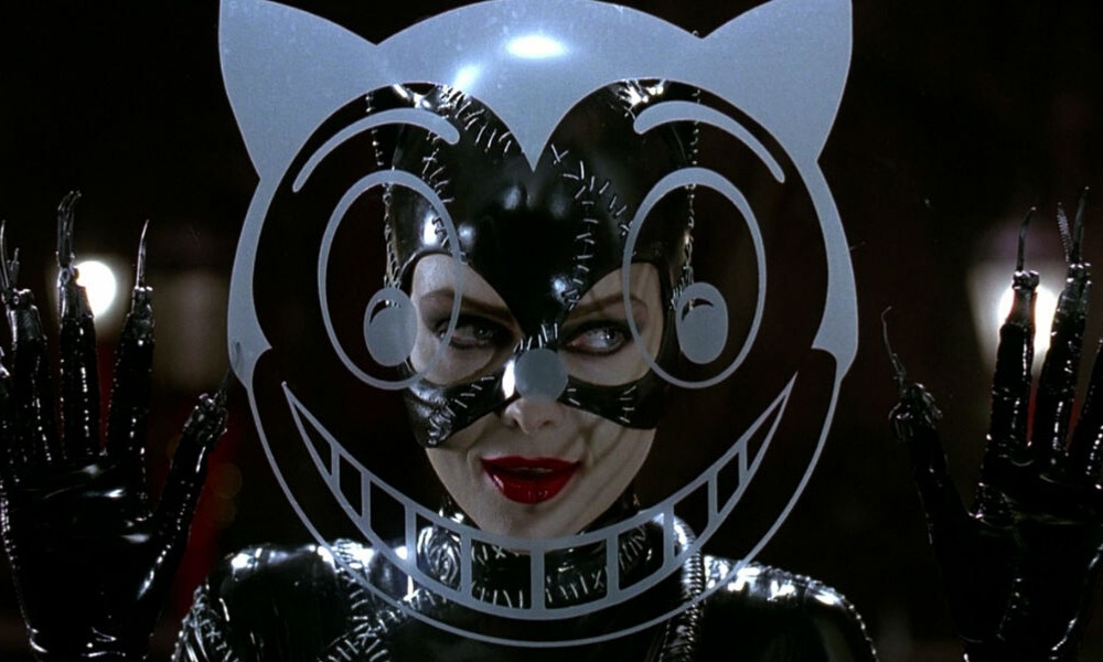 Michelle Pfeiffer aprendió a usar el látigo en Batman Returns