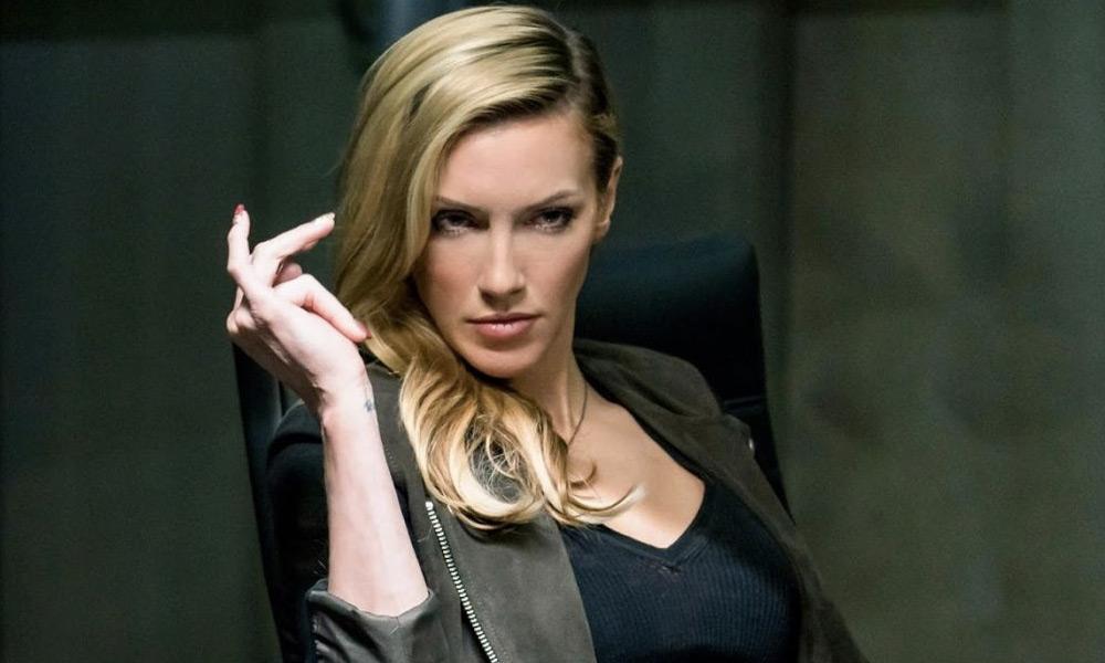 Katie Cassidy quiere ser una villana de Batman