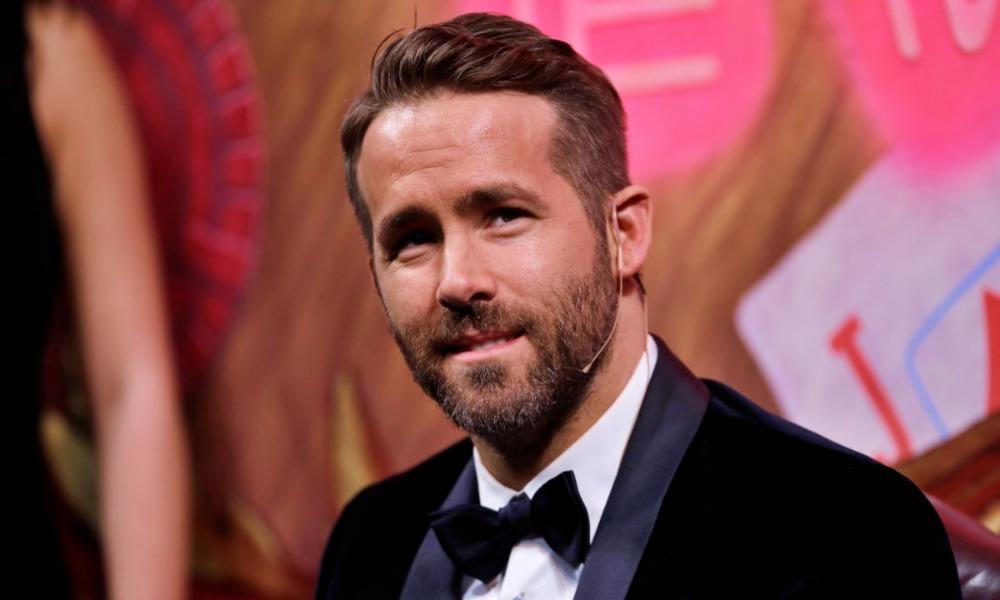 Ryan Reynolds ya fue vacunado